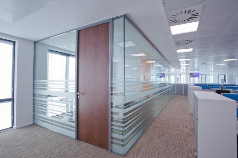 Portes pour bureaux installateur en belgique abcmbs - Porte interieure toute hauteur ...