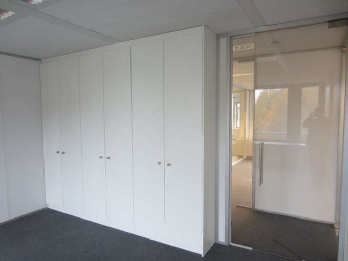 Cabinets and removable partition detail